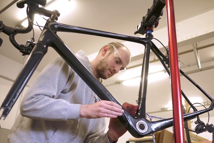 Carbon Fiber Bike Frame Repair Captive Carbon